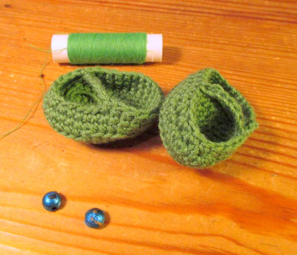 free-crochet-pattern-elephant-girl-amigurumi-doll