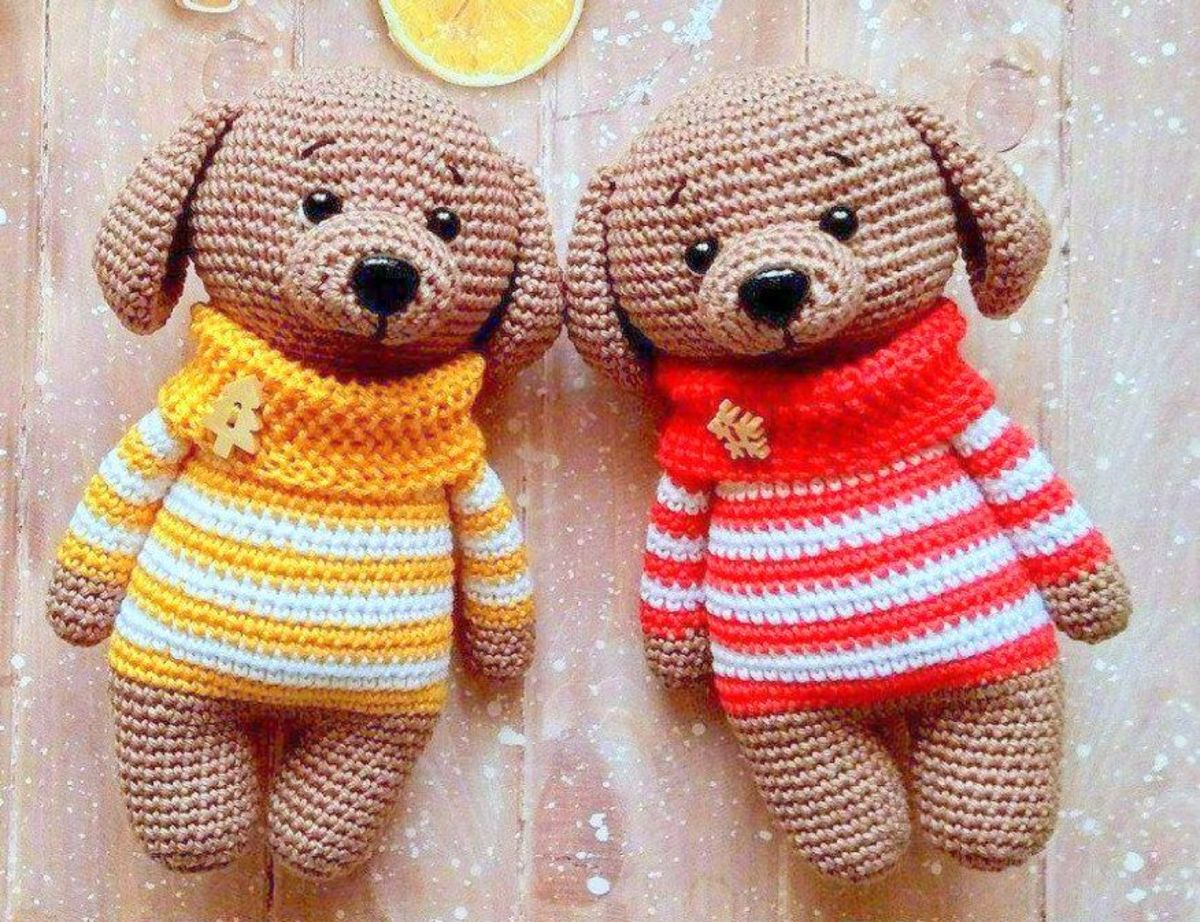 Dog in Sweater Amigurumi Doll: Free Crochet Pattern!