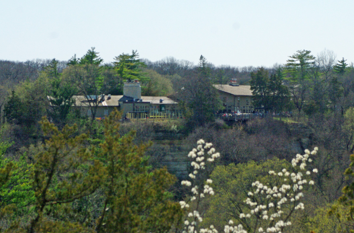 View of the Lodge from the top of Starved Rock