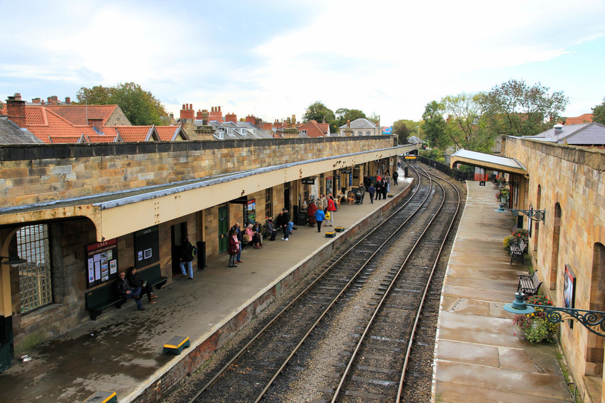 In the latter days of British Railways there were never this many on the platforms at Pickering, although this is better than the state British Railways left the station in 1965. This is 2010, the year before the overall roof was restored (6.4.2011).