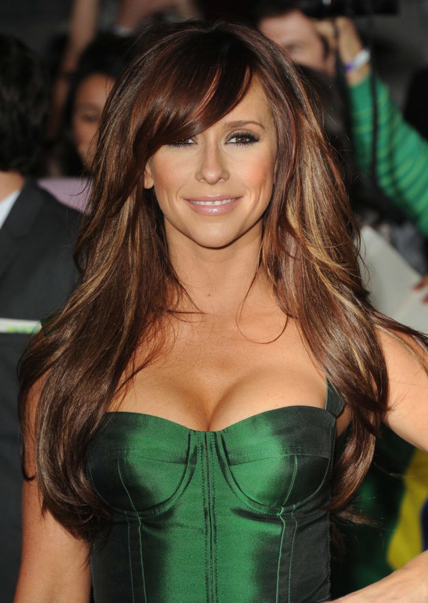 Jennifer Love Hewitt (February 21, 1979)