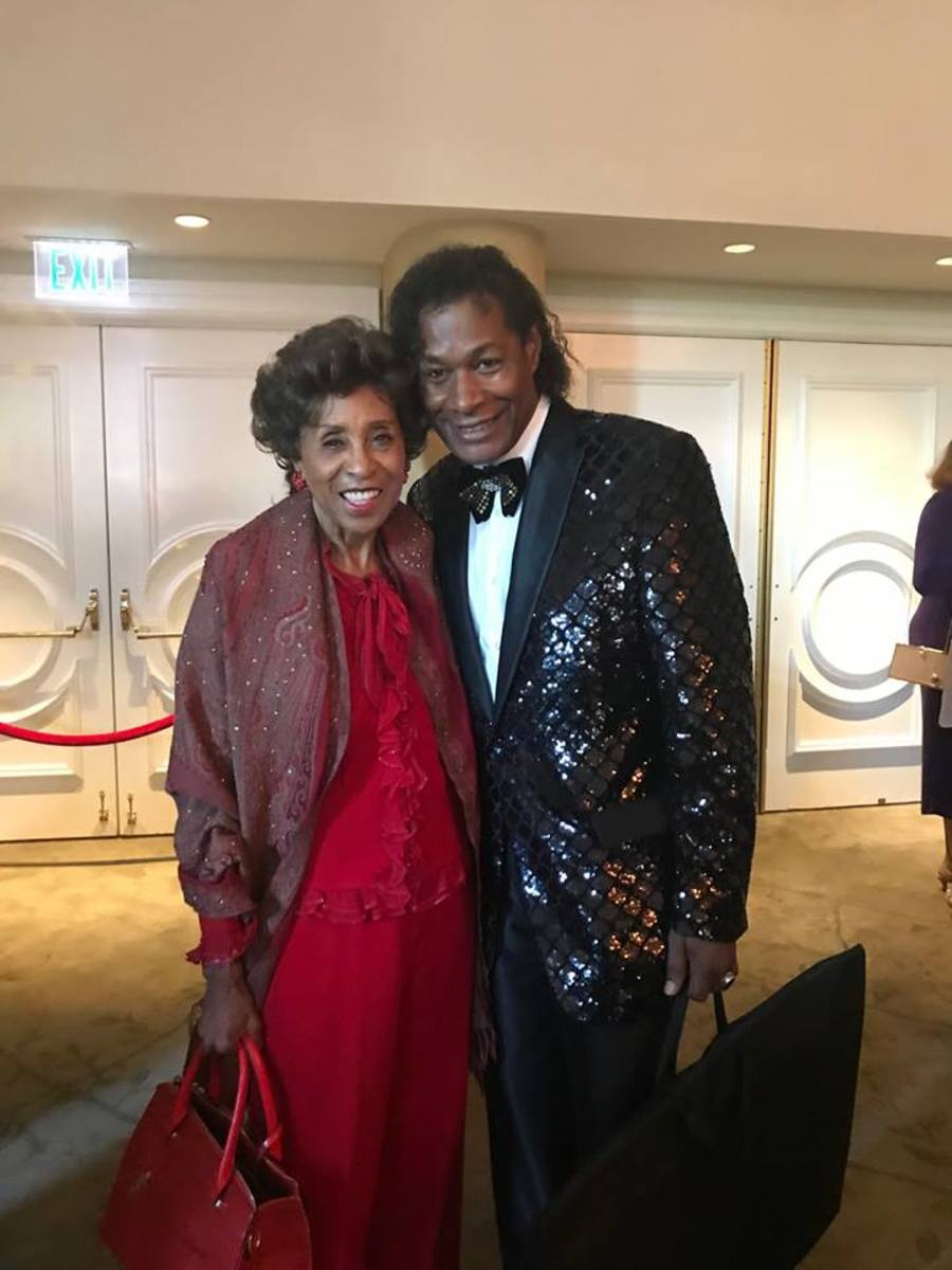"""Dr. Ron with one of his favorite comedic actresses, Marla """"The Jeffersons"""" Gibbs at the 2018 HAL Awards in Beverly Hills."""