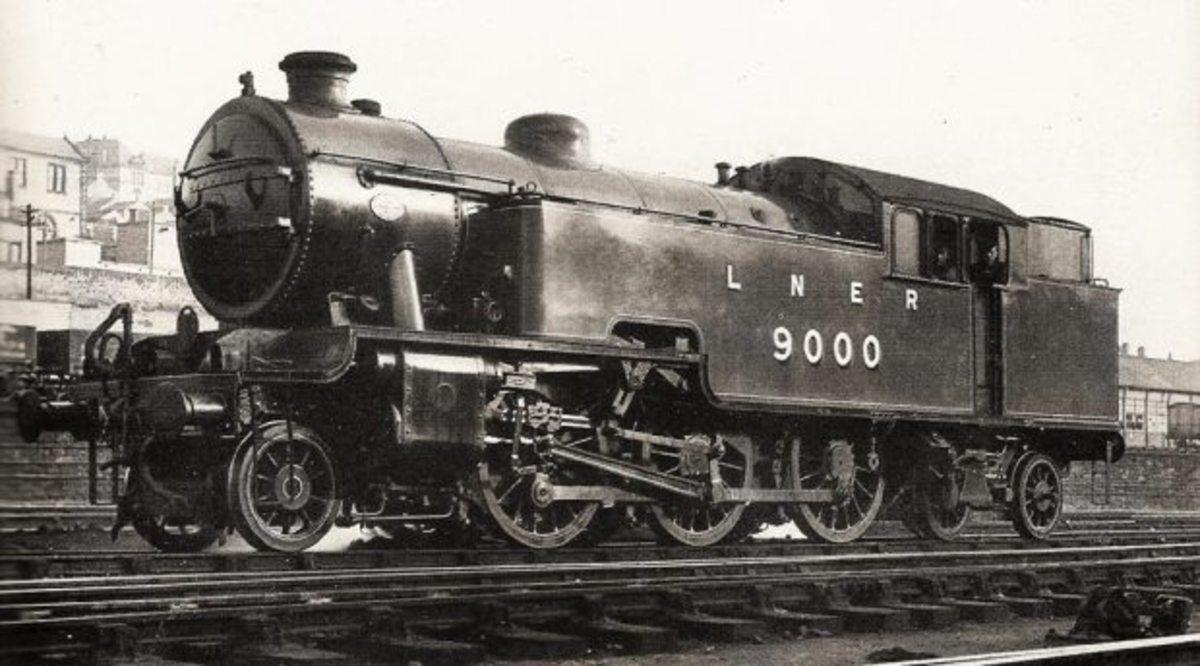 Class L1 2-6-4 tank locomotive no. 9000 retored to original livery - seen here at Gateshead near Newcastle-upon-Tyne