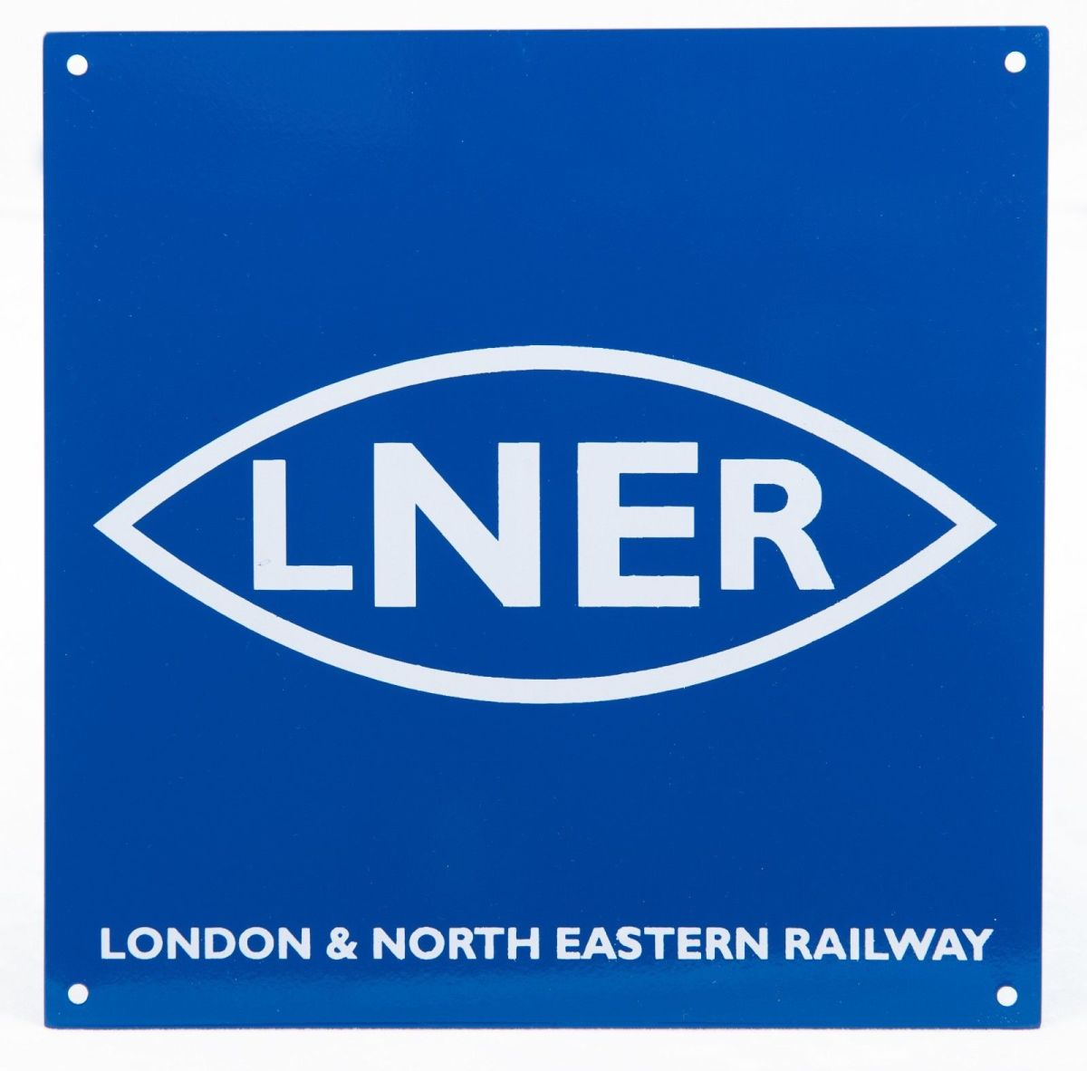 'The London & Nearly Everywhere Railway', the LNER's tentacles stretched into rival territory. Its aim primarily was to further the interests of the Board, secondarily to serve industry and commerce as well as a third of mainland Britain's commuters