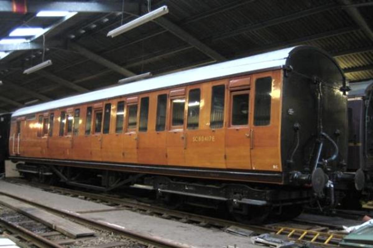 Thompson non-corridor brake 3rd, also restored to original livery
