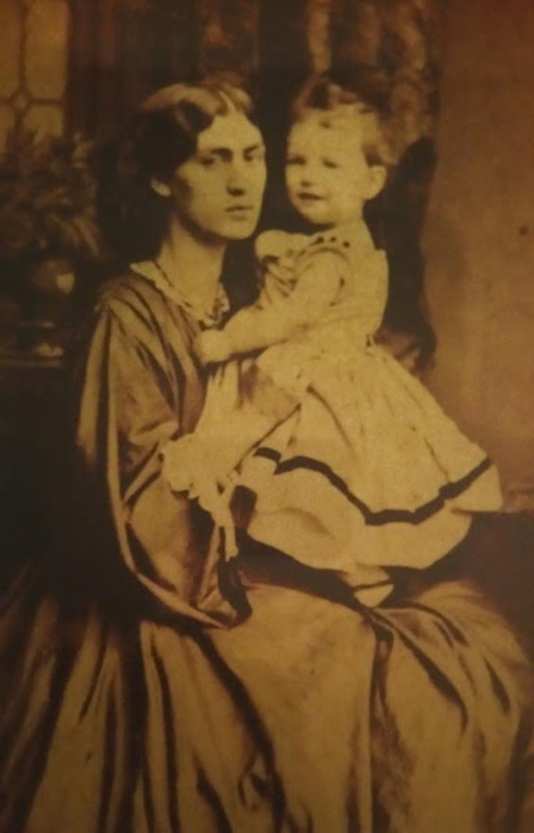Jane Burden Morris and May Morris circa 1865