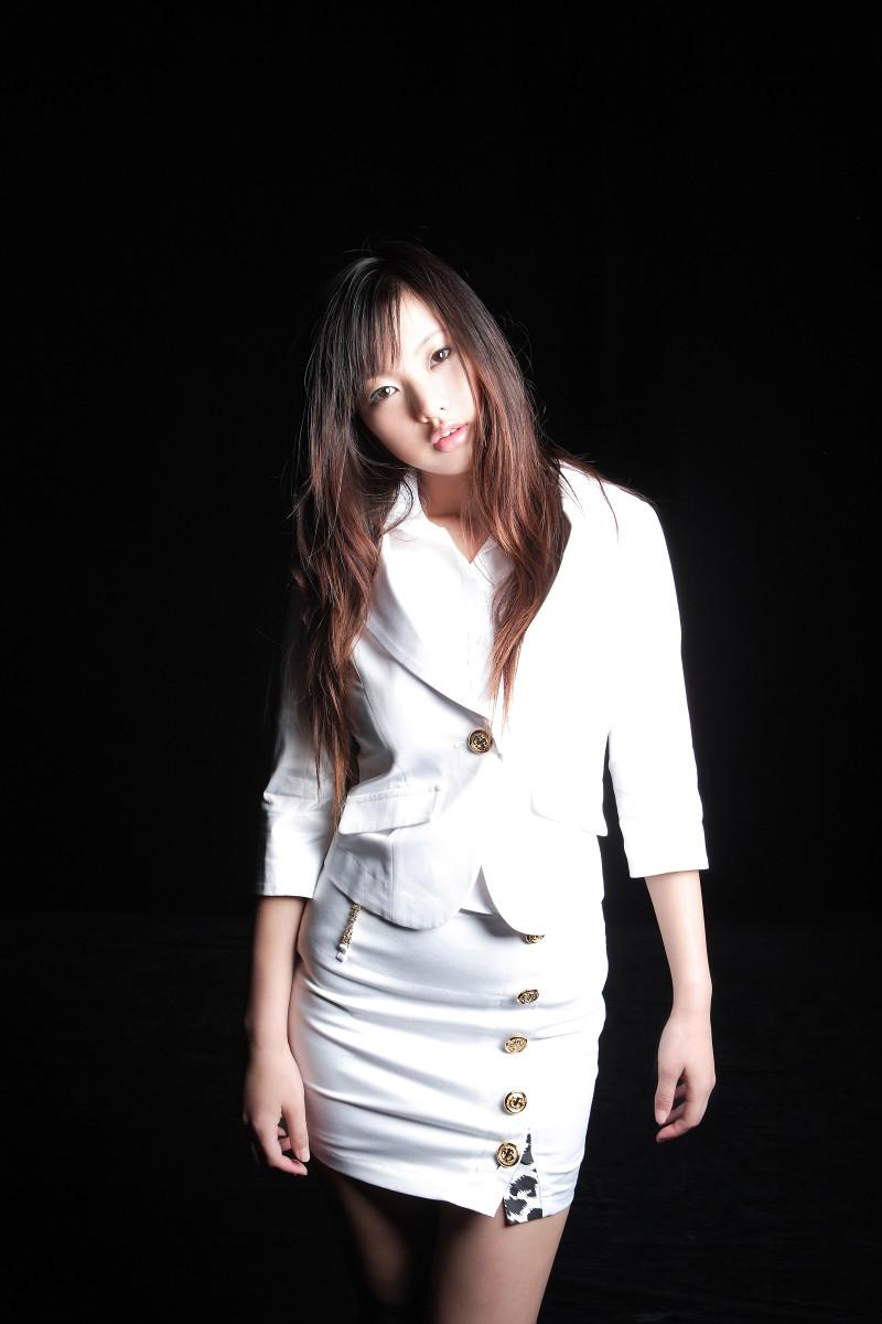 risa-yoshiki-japanese-fashion-model-singer