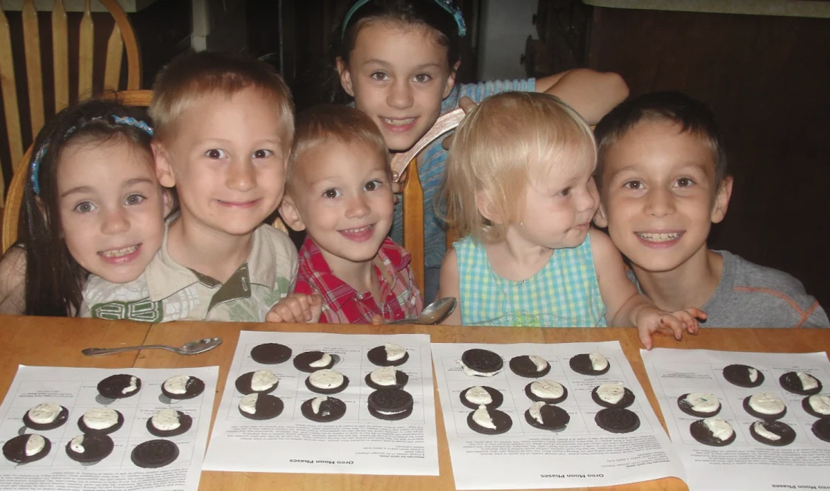 Creating phases of the moon using Oreo cookies was one of the activities we did this week during our Science Morning Basket & Activities time.