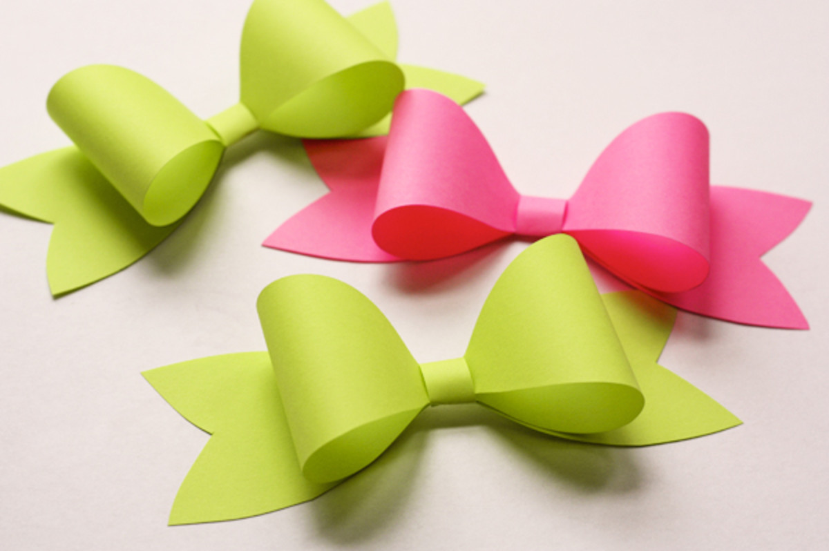 Paper bows are perfect for paper scraps