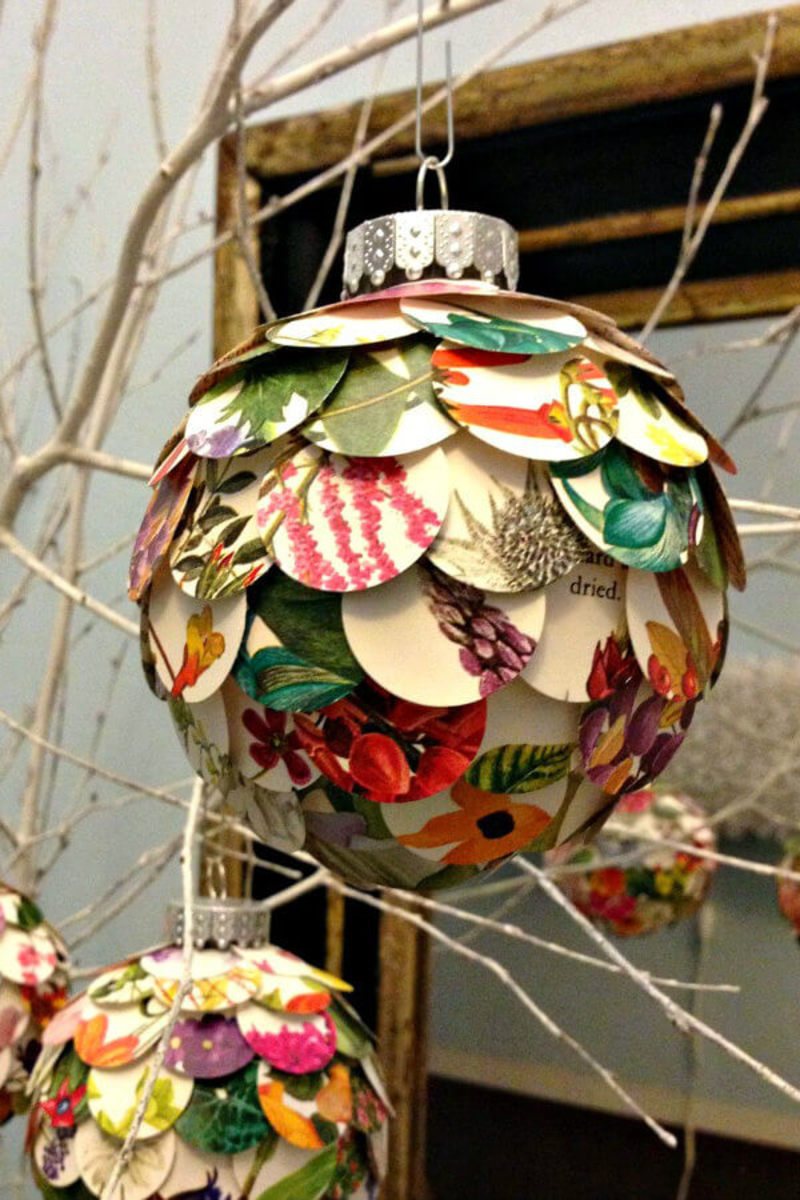 Make this delightful Christmas ornament from your paper scraps