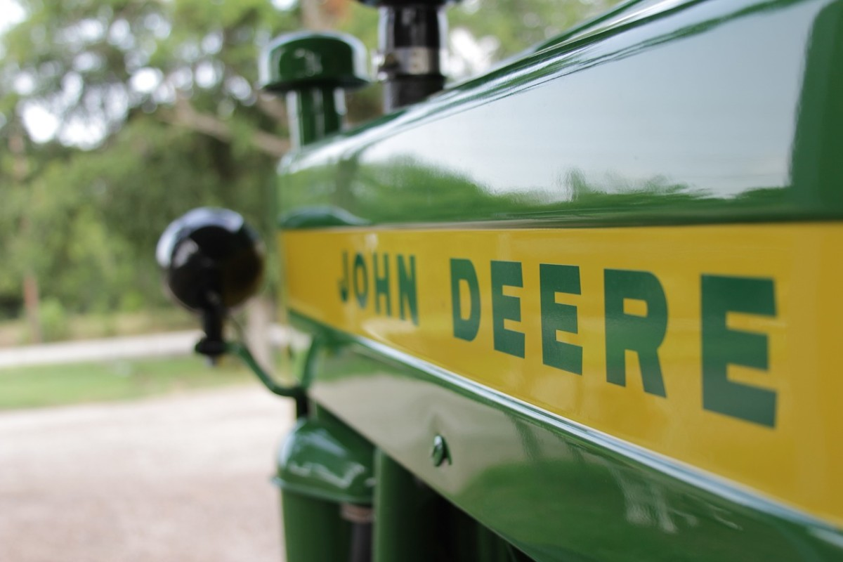 John Deere 650 Tractor - About the JD 650