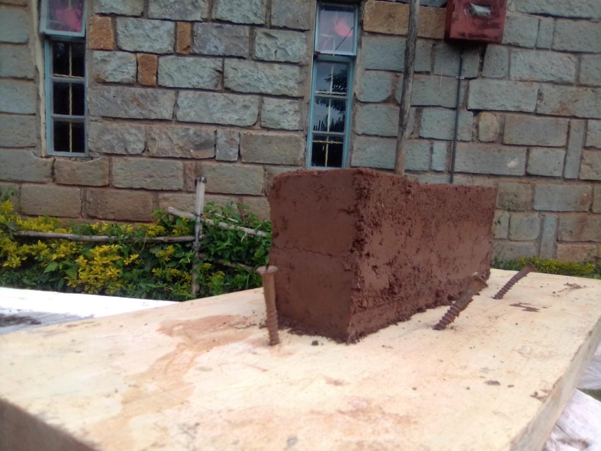 Rammed_earth_Kenya