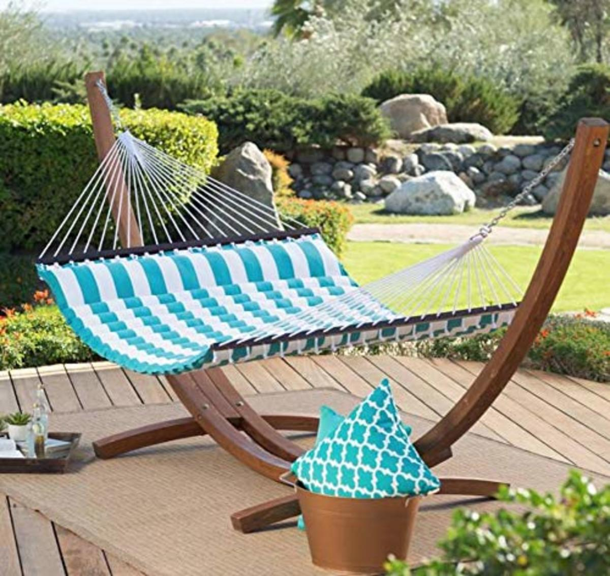 how-to-create-a-hammock-oasis