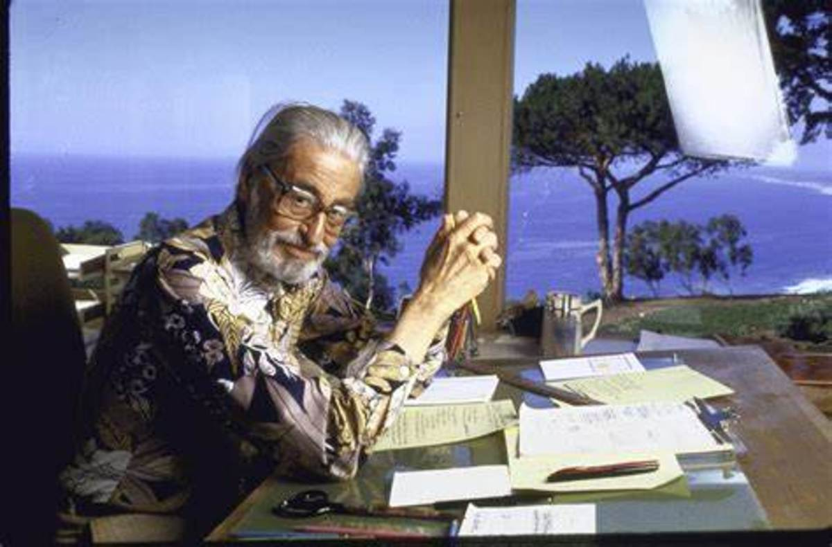 Dr. Seuss working in La Jolla home