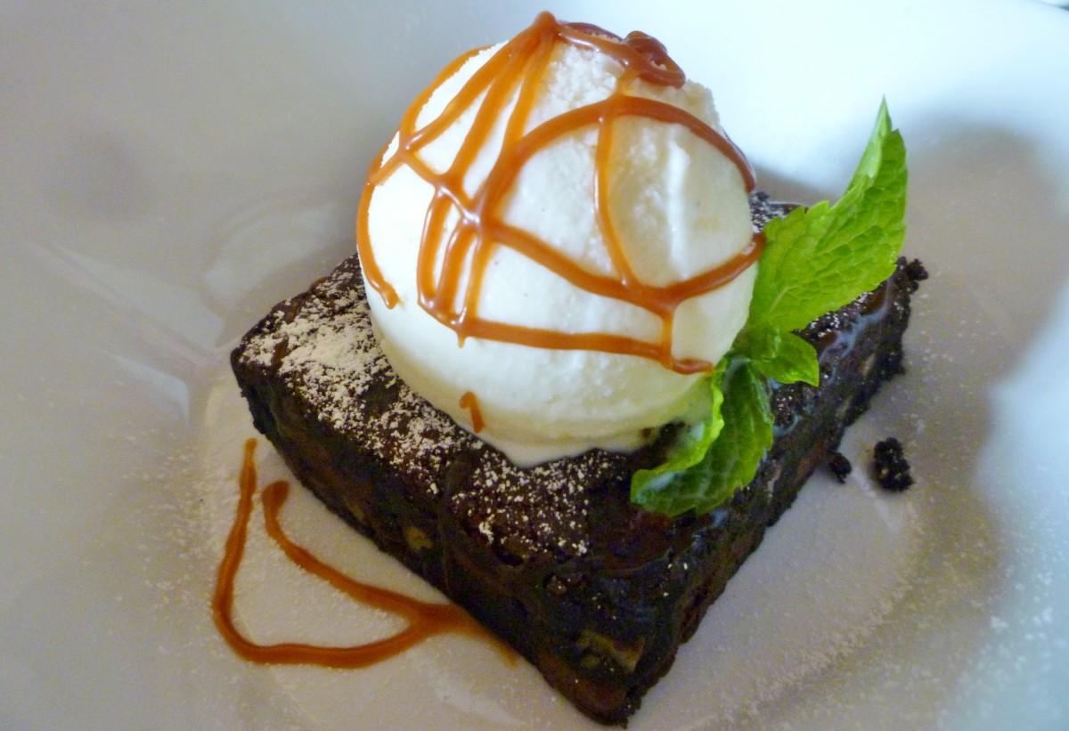 Le Brownie A La Mode