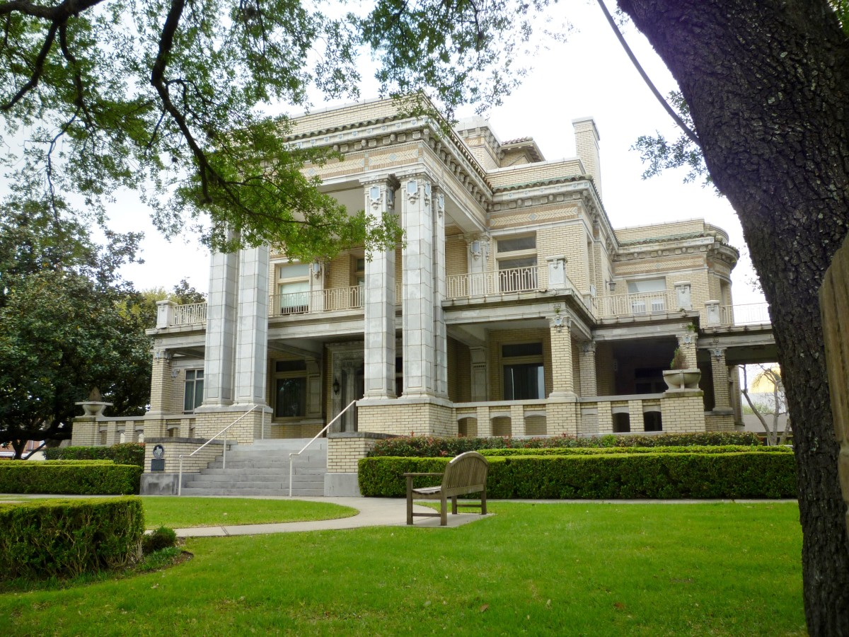 Link-Lee Mansion
