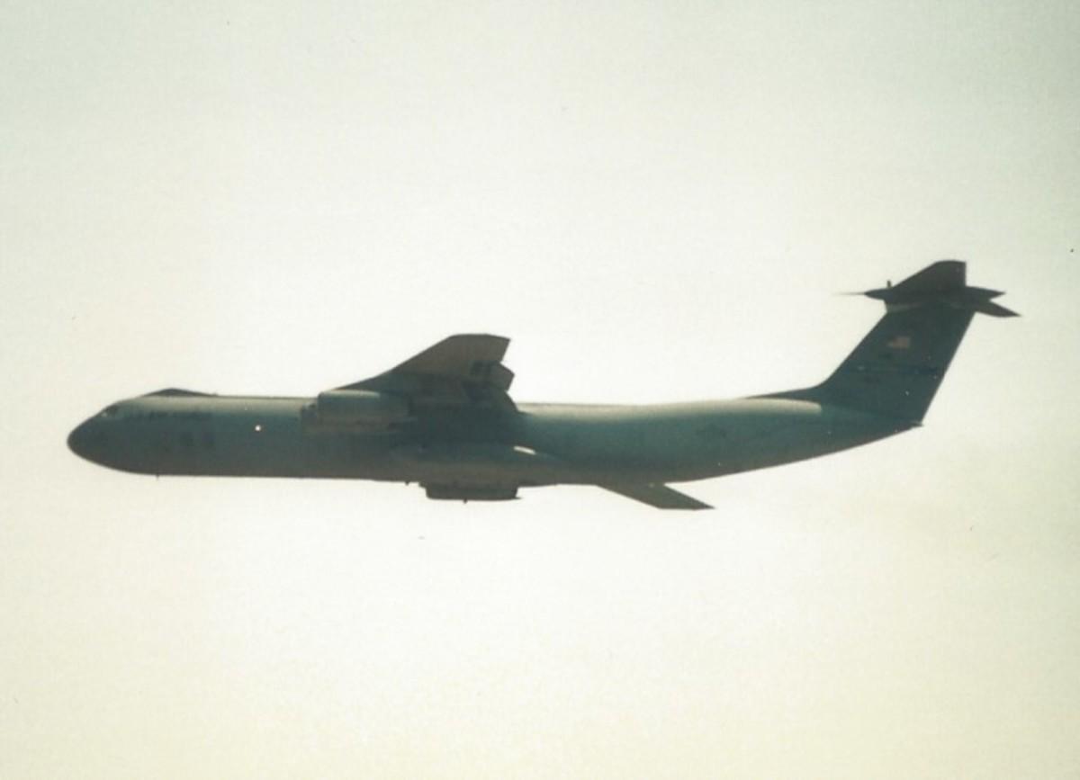 A C-141 at Joint Base Andrews, May 1997.