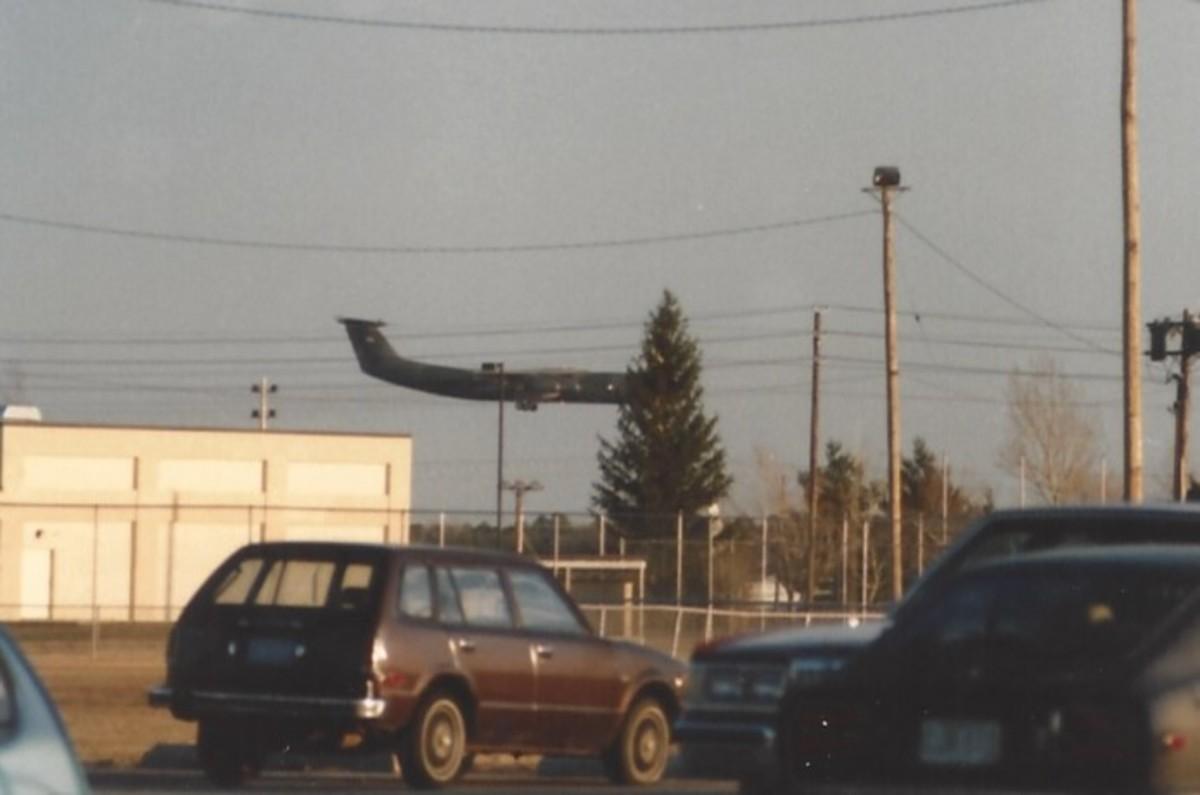 A C-141B landing at McGuire AFB, NJ, 1989.