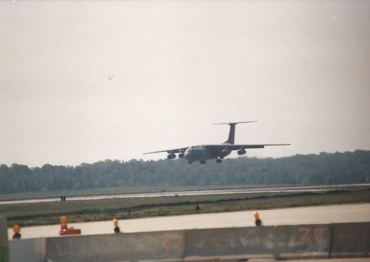 A C-141B coming in for a landing at Joint Base Andrews, MD.