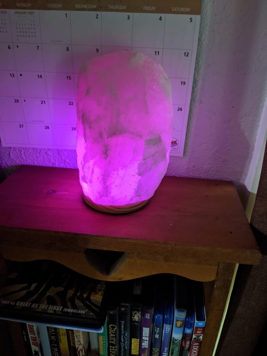 himalayan-led-color-changing-salt-lamp