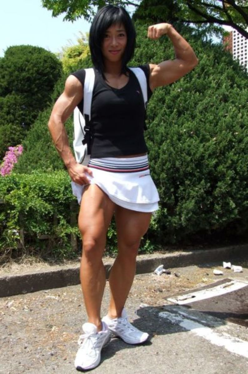 Asian Female Bodybuilding Nude 41
