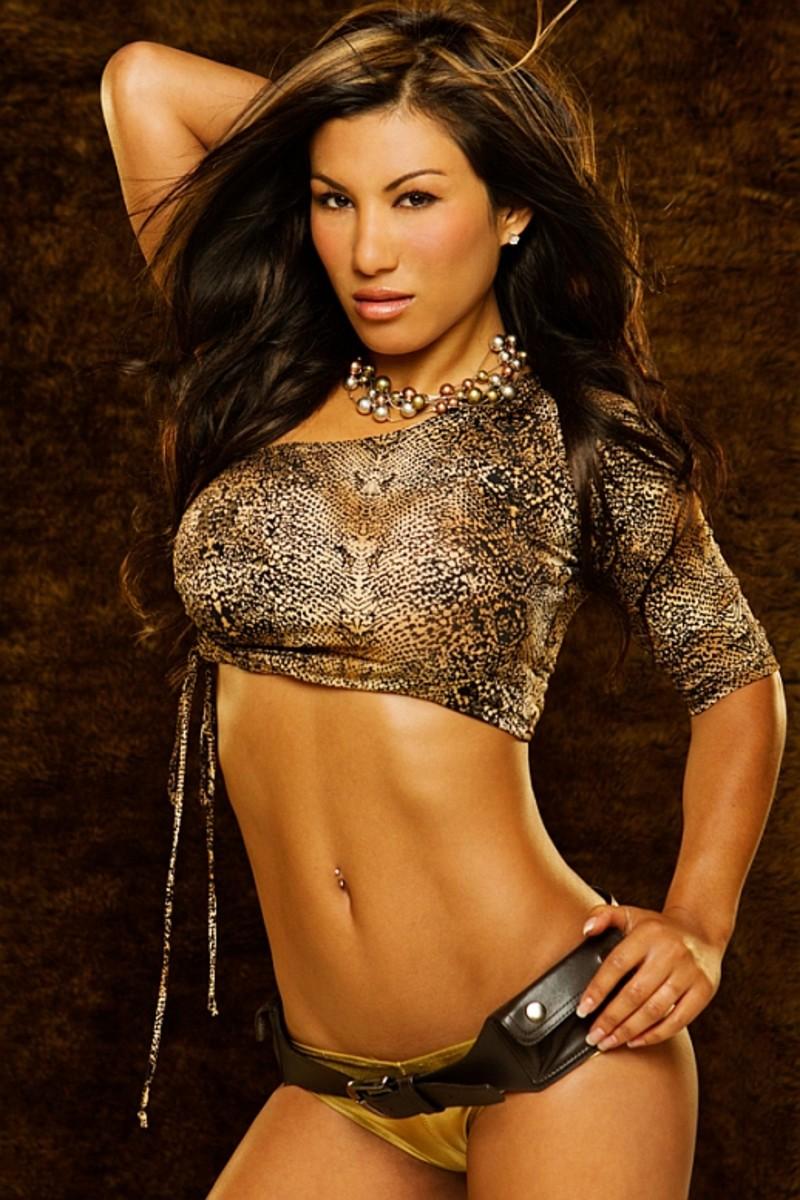 Valerie Ross - Asian Fitness Model