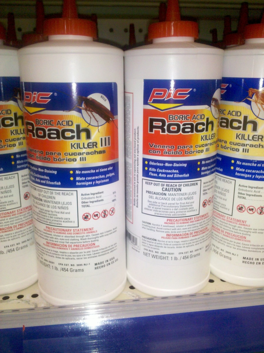 Boric Acid Powder sold as Roach Control formula. (c) kschang 2011, taken at Walgreens