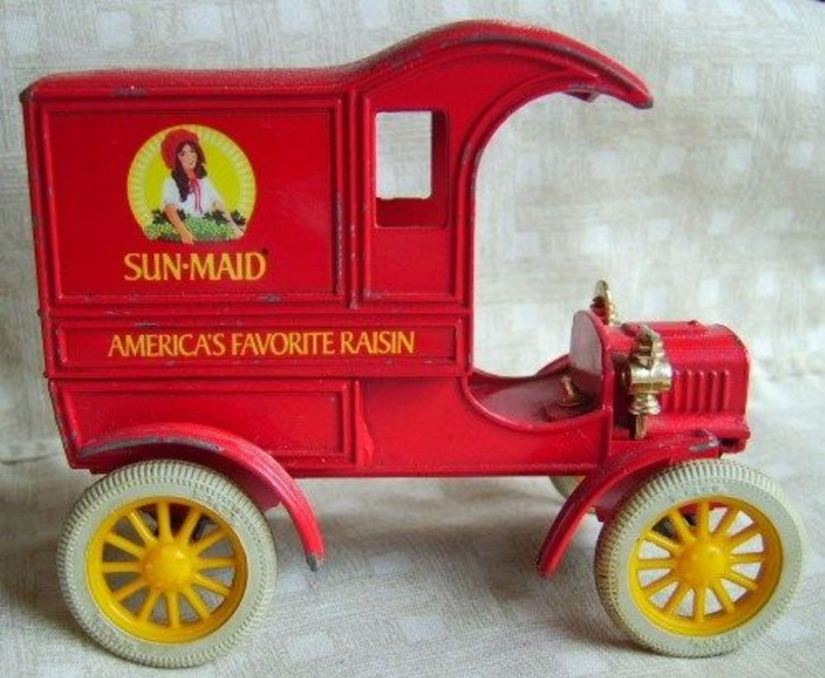 Old Fashion Sun-Maid Truck