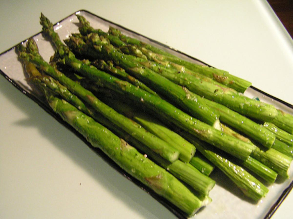 Roasted Asparagus  Photo by: flickr.com/photos/laurelfan/