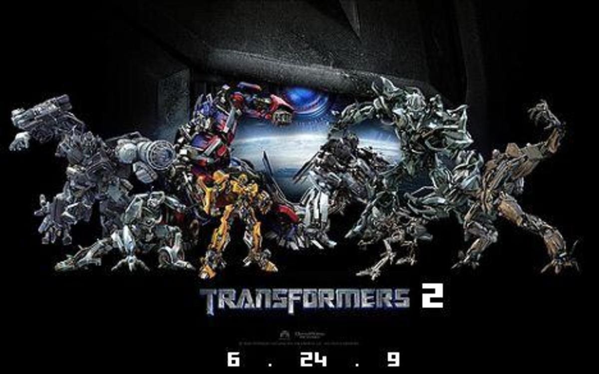 The Autobots and the Decepticons continue waging war to con people to buy their merchandise.