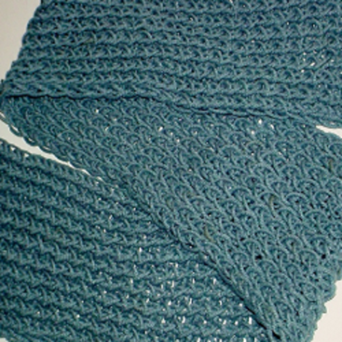 Figure 8 Stitch Knifty Knitter Scarf Pattern