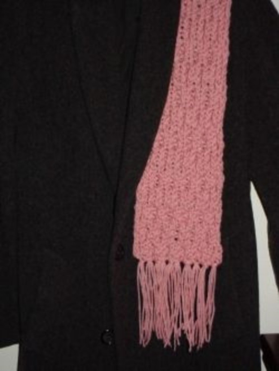 Knifty Knitter Scarf with Honeycomb Stitch