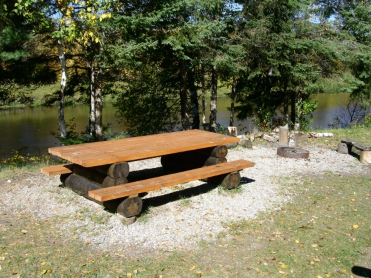 Picnic area at Keuffner's Landing, Big Fork River.