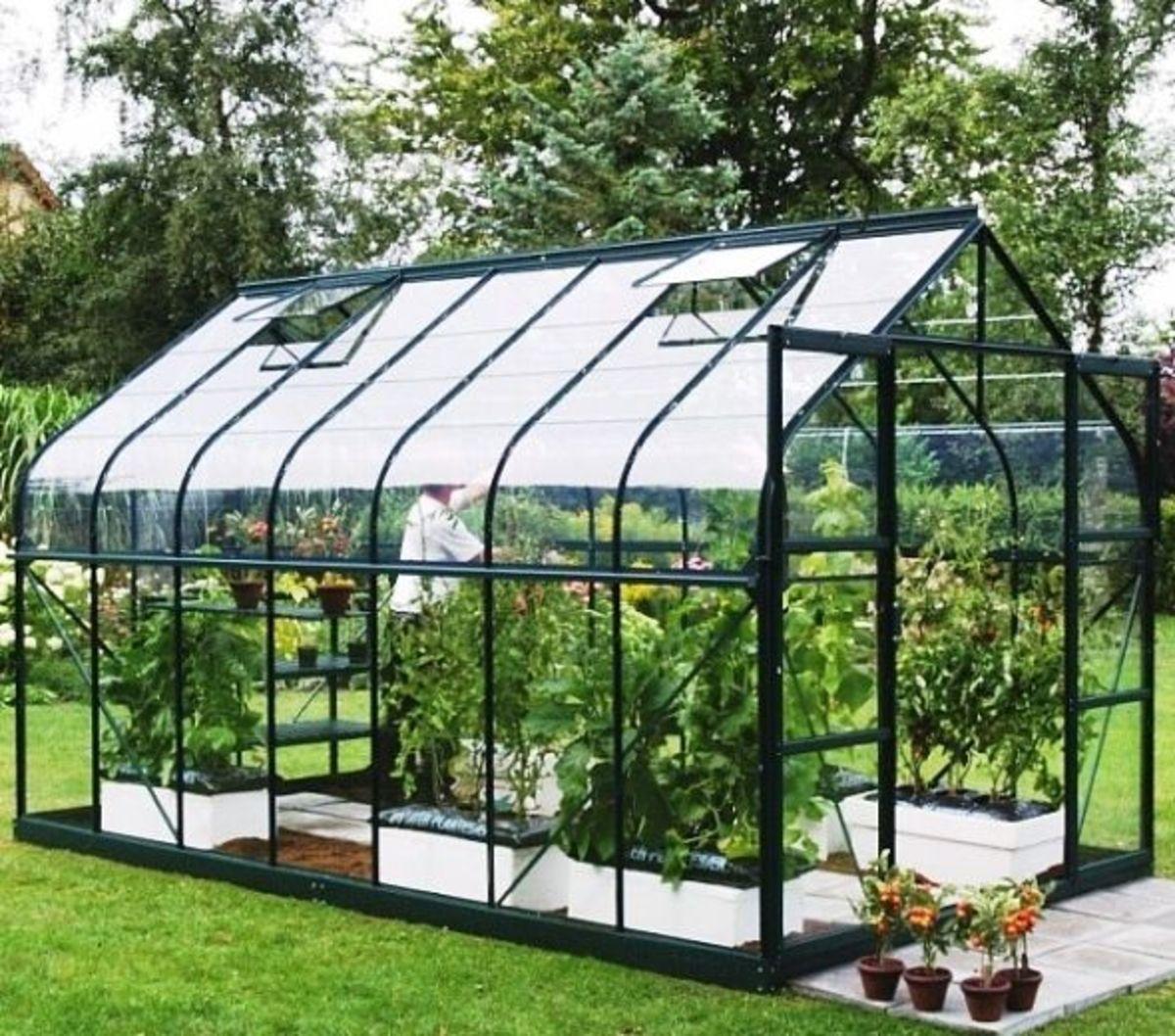Vitavia Saturn Greenhouse