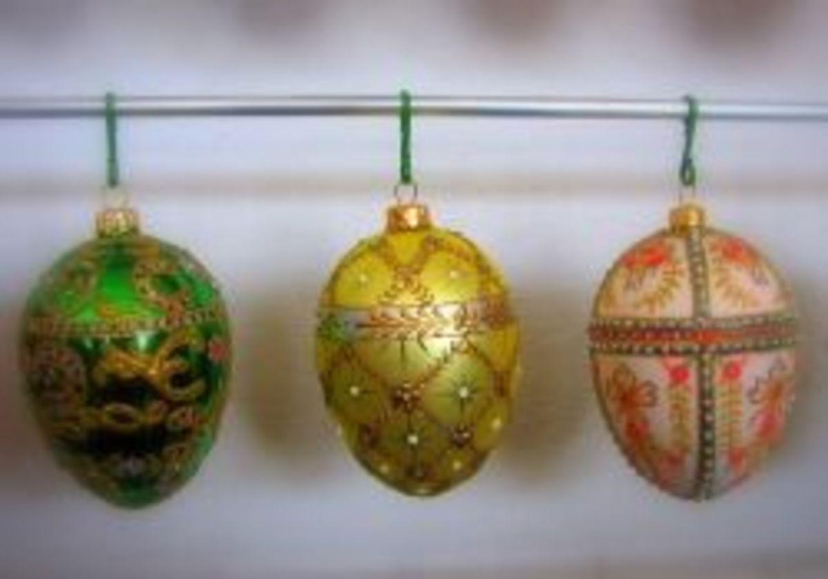 polish-blown-glass-christmas-ornaments