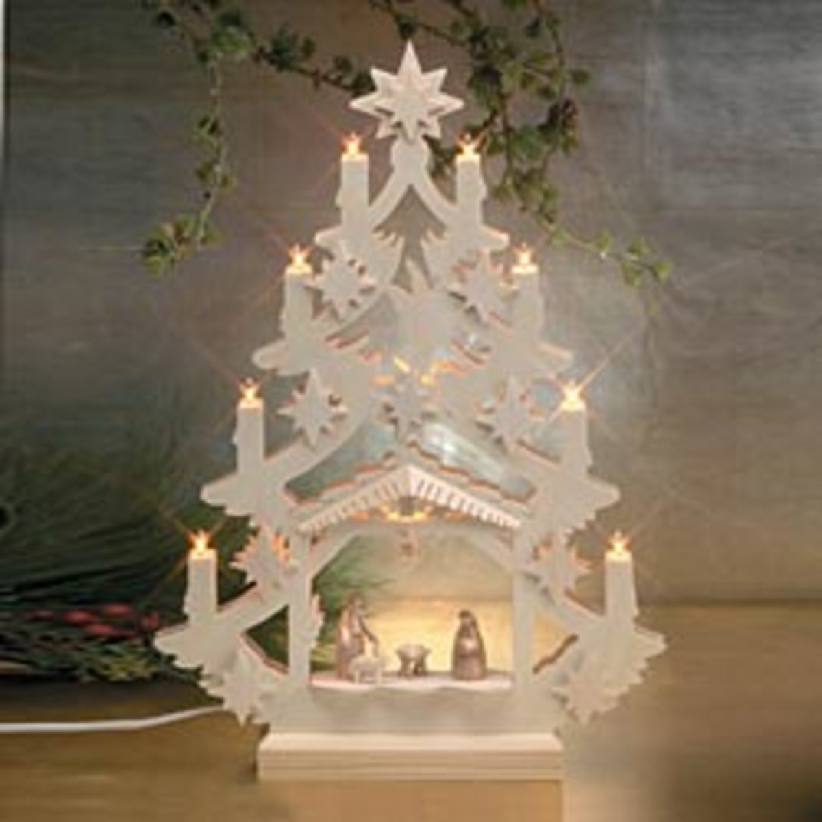 uno alla volta nativity set in pure white