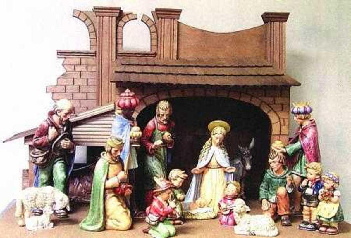 Hummel Nativity Set