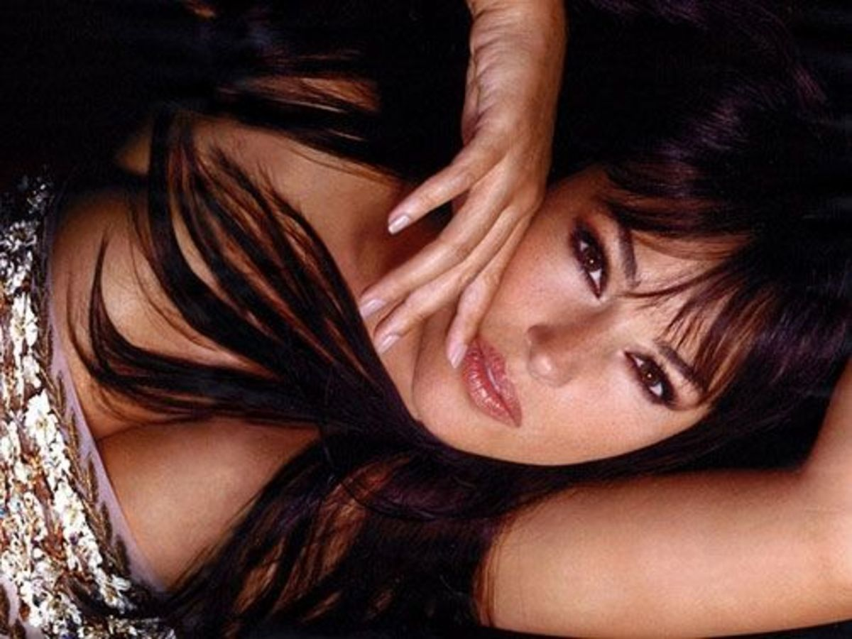 Close Up of Mrs. Bellucci - Courtesy of jingdianmeinv / flickr.