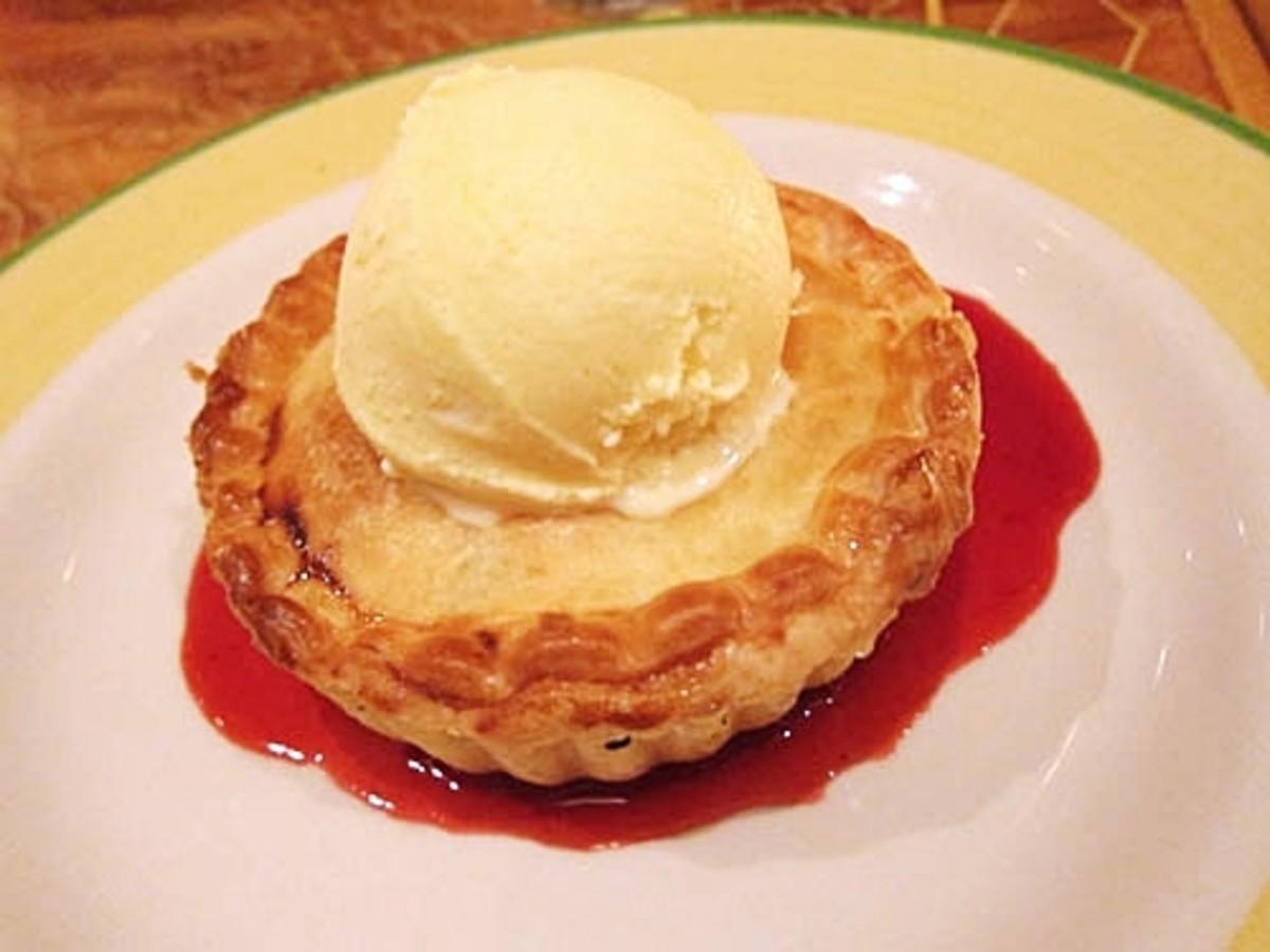 Buko Pie with Ice Cream