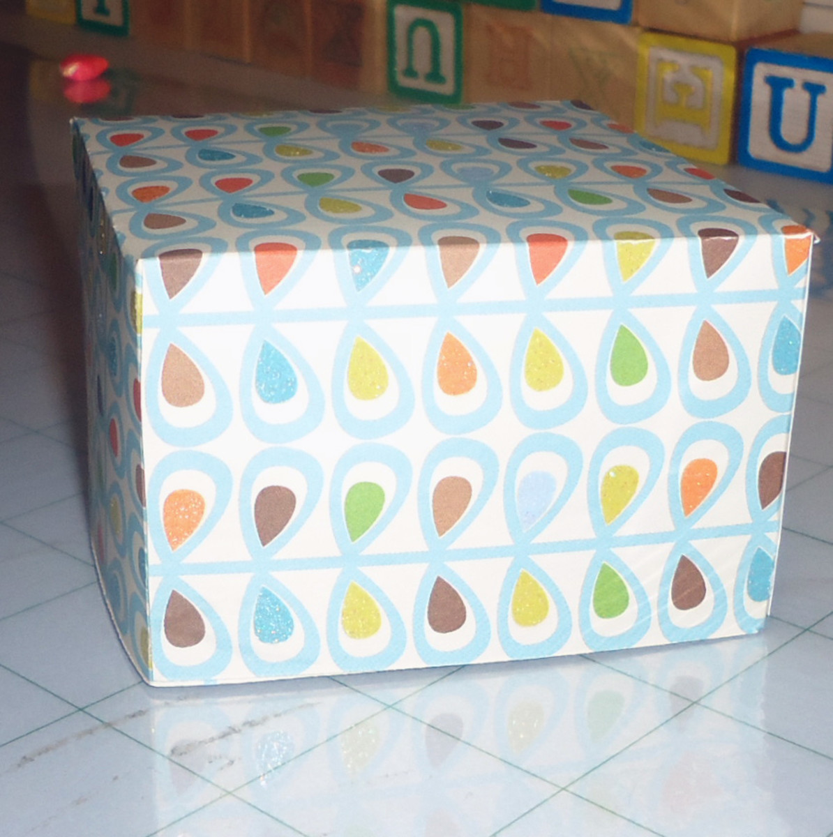 Make Your Own Gift Boxes Using Martha Stewart's Scoring Board