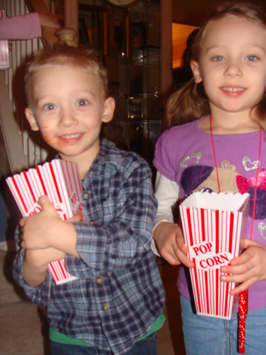 Alex and Grace are getting ready to watch their movie!