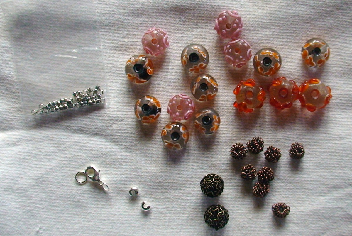 Beads, crimps and alligator clip