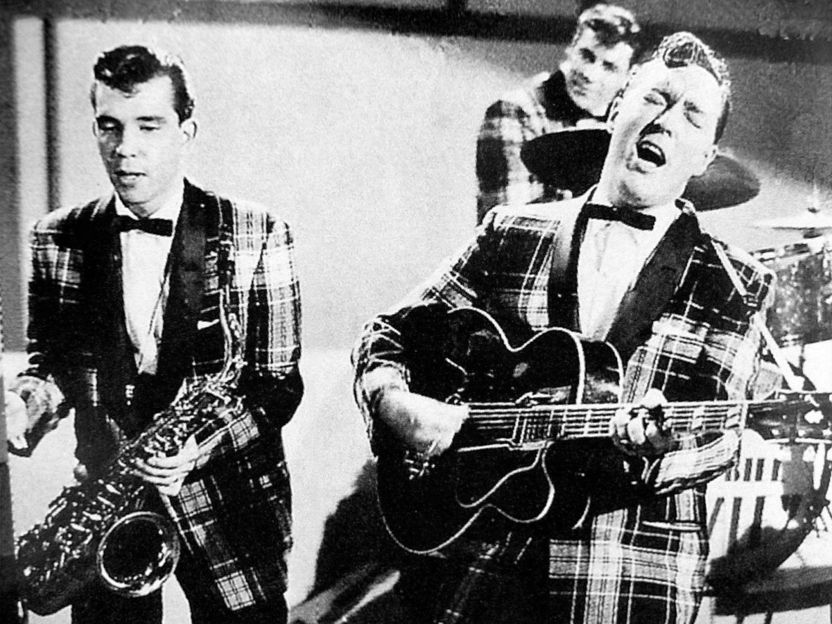 Bill Haley and his Comets during a TV-appereance.