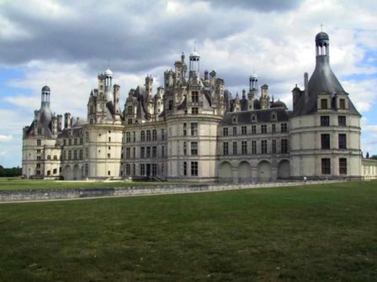 Chateau de Chambord, France (1519-30)