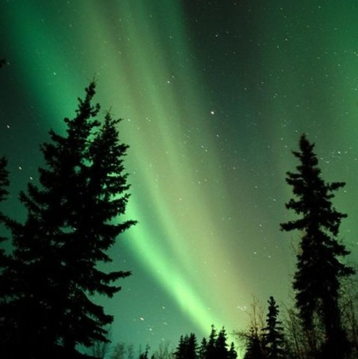 will-a-full-moon-affect-the-northern-lights-moonlight-aurora