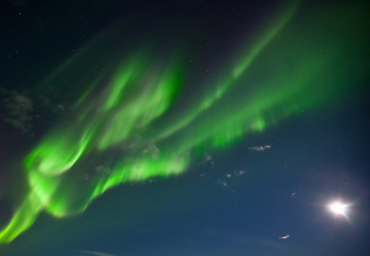 Will A Full Moon Affect The Northern Lights - Moonlight Aurora