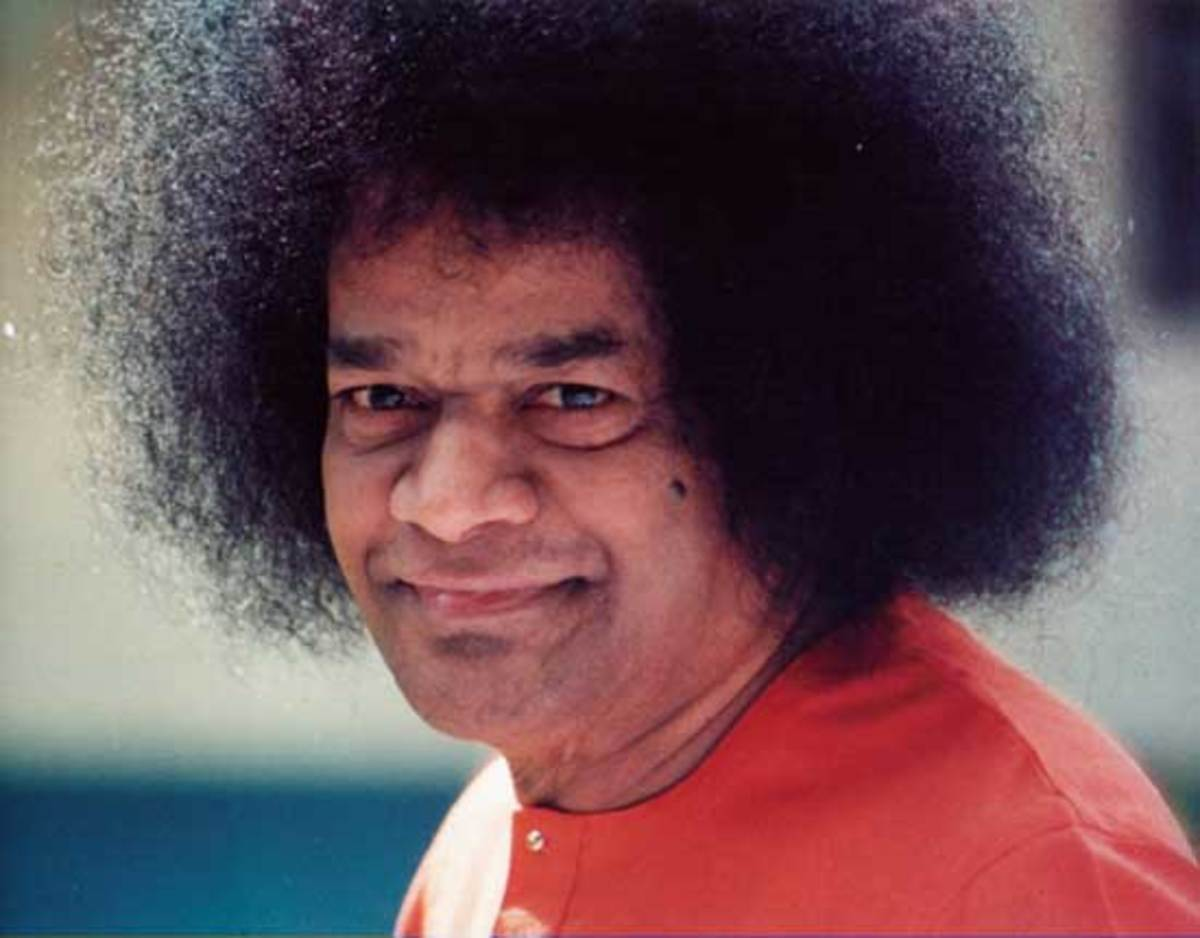 If only my uncle had seen Bhagawan Baba, he would have known that the Haridasa was actually the Hari who had come as a Dasa!