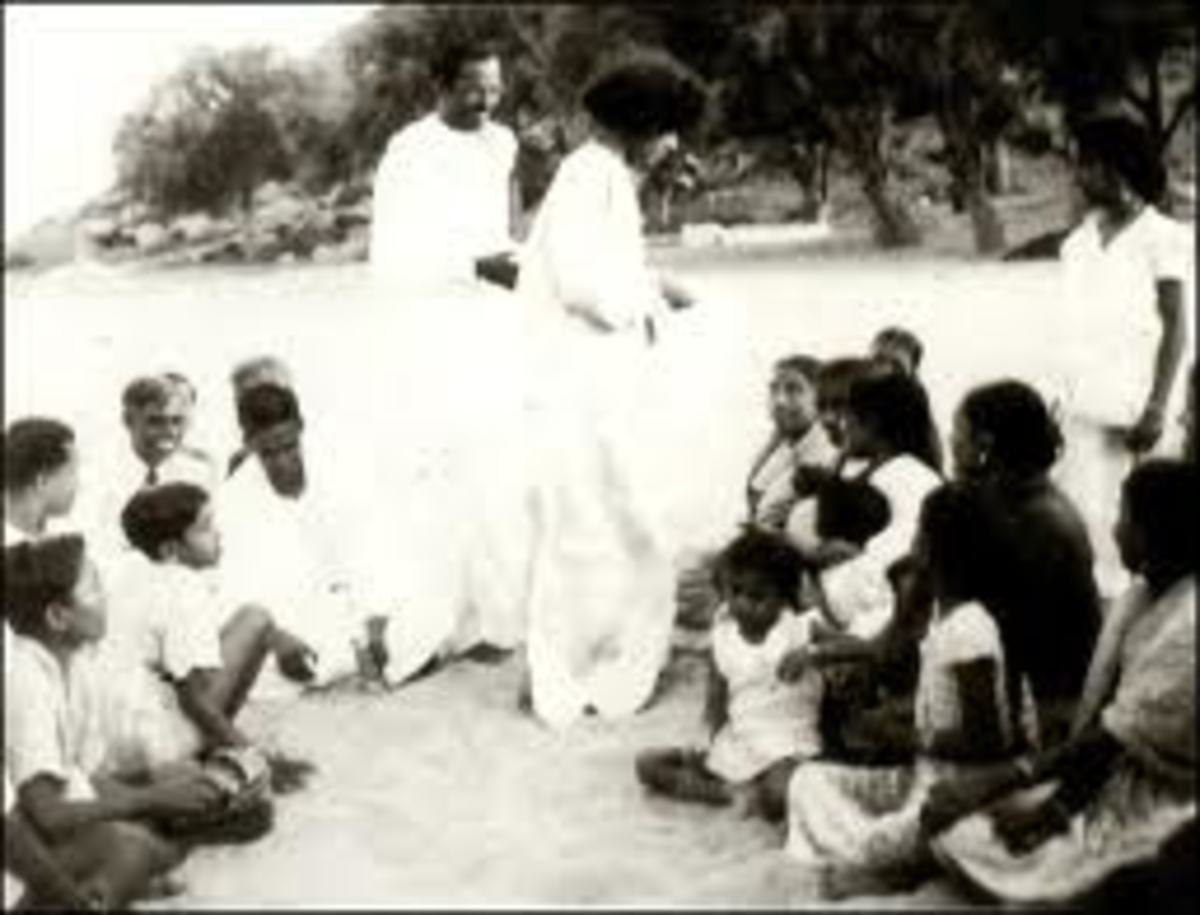 Baba would delight in distributing sweets and savories taken out hot and fresh from the sand.