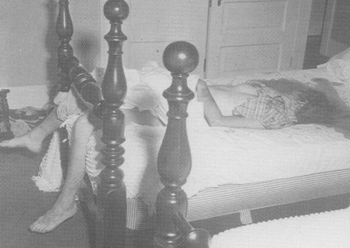 Marilyn Found Murdered in her bed.