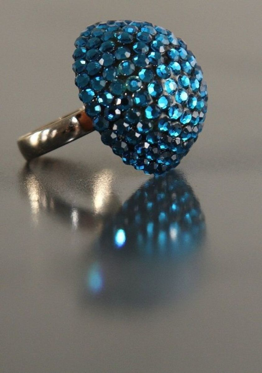 elizabeth-taylors-top-10-ways-to-upcycle-vintage-jewelry